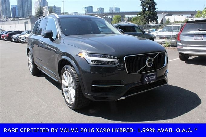 Volvo  XC90 T8 Twin Engine Plug-in Hybrid Momentum